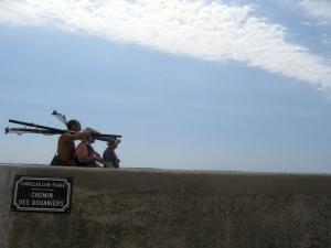 men going fishing Les Boucholeurs 811