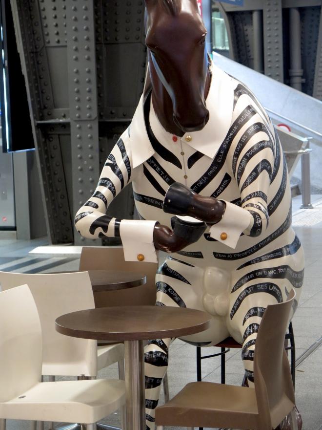 zebra Sam's cafe gare du Midi 515.JPG