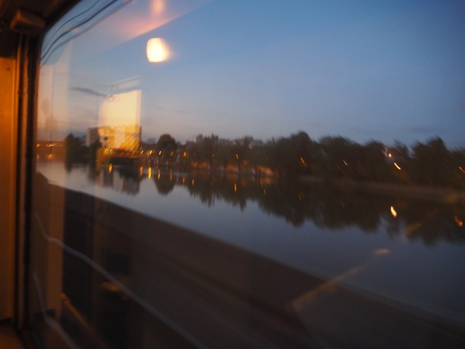 Seine from train Paris-Irun 716.JPG