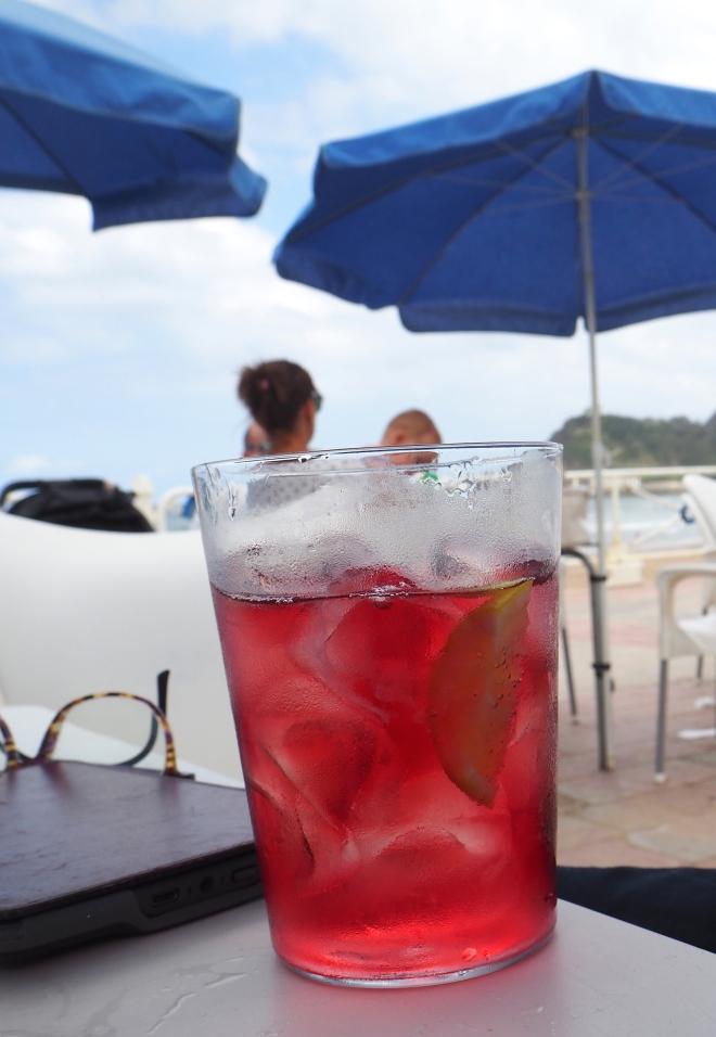 tinto de verano Ribadesella 816 beach bar.JPG