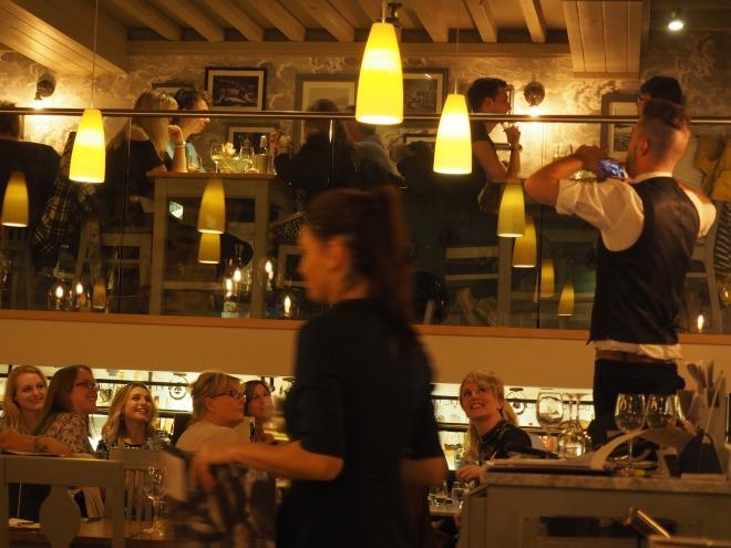birthday party photo Loch Fyne Portsmouth 1017.JPG