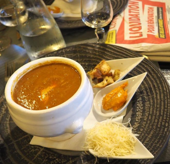 fish soup cafe de la paix La Rochelle 1117.JPG