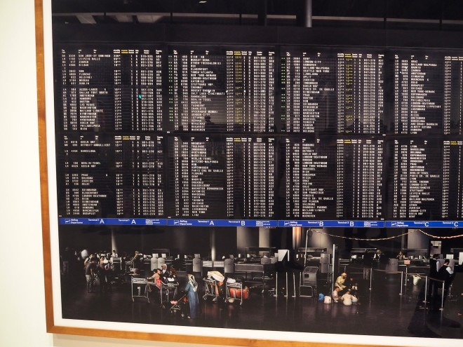 Andreas Gursky Hayward Gallery 218 photo Frankfurt airport.JPG