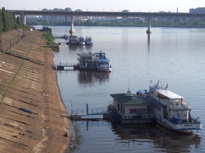 sunbathers Oka river Nizhny Novgorod 618 3.JPG