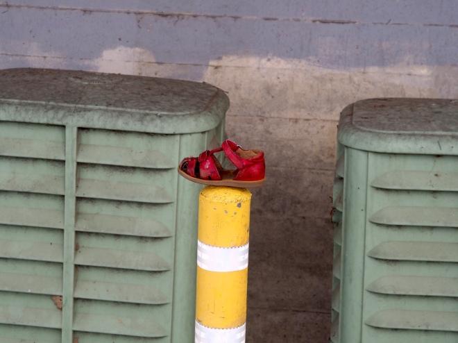 Luke's lost shoe spotted by Luke Aptos 818.JPG