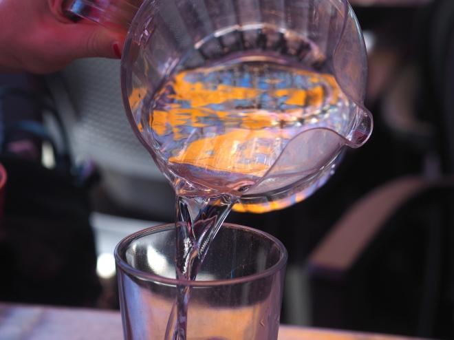 multi spout water jug restaurant Santa Cruz 818.JPG