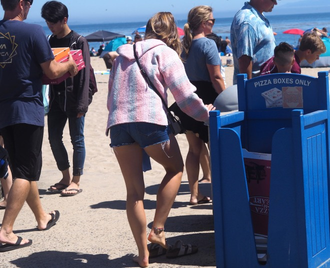public writing bin PIZZA BOXES ONLY Capitola 818.JPG