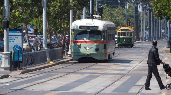 tram Embarcadero San Francisco 818.JPG