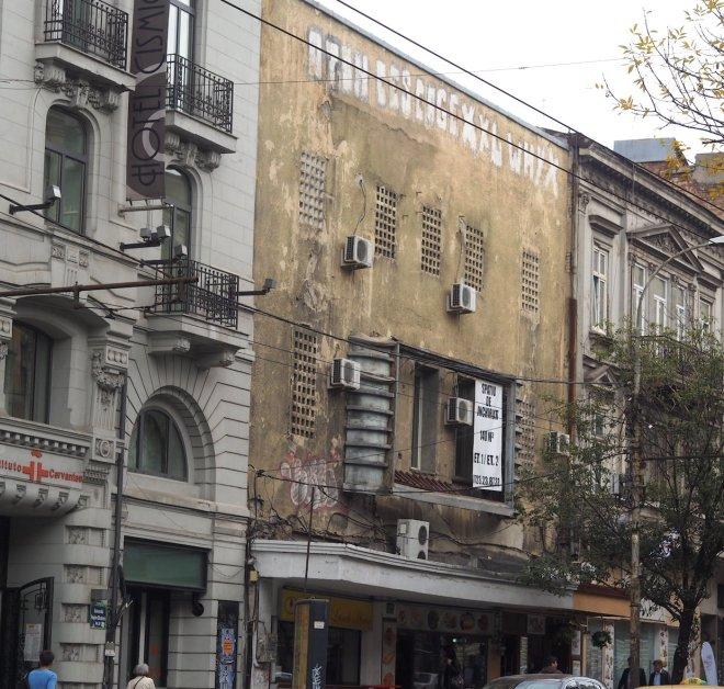 flats Bucharest 1018 102.JPG