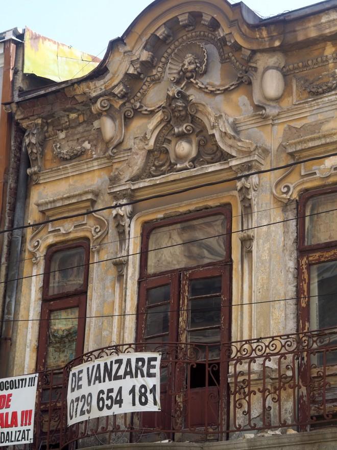 old house Bucharest 1018.JPG