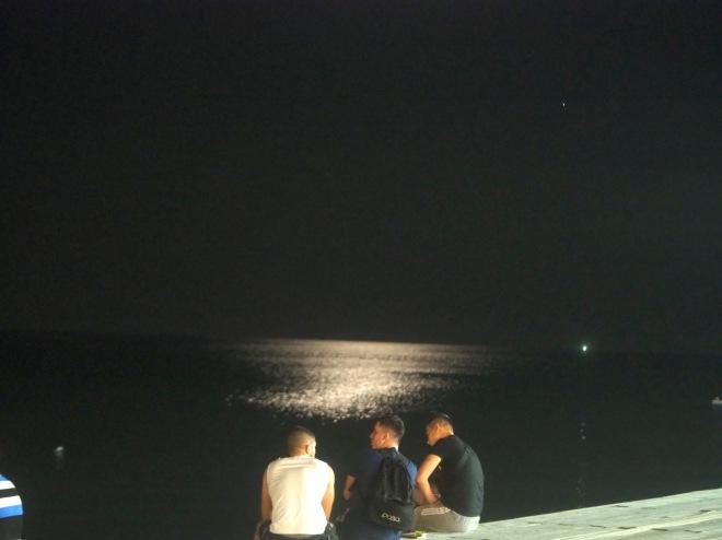 boys sea Durrës 819 night.JPG