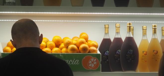 Ostiense station Rome 819 oranges ears.JPG